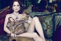 lion-cubs-julianne_moore_bvlgari
